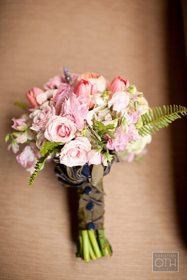 Pink bridesmaid bouquet with navy blue accents