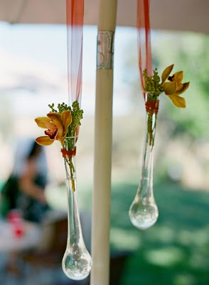 Glass hanging vases