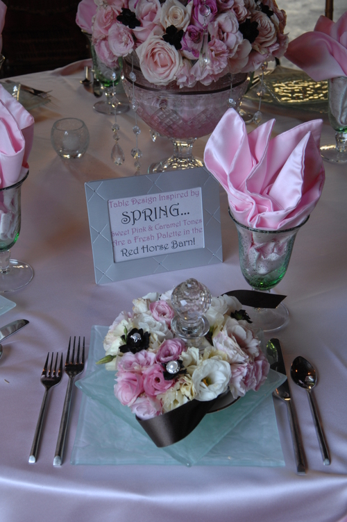 Sharpe_table_setting_pink_with_finial_ar